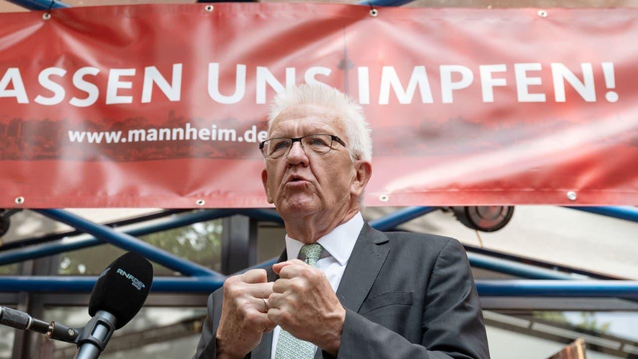 Kretschmann schließt Impfpflicht nicht mehr aus!